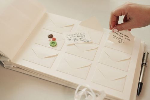 Een tof idee, maak een gastenboek voor naast het kraambed