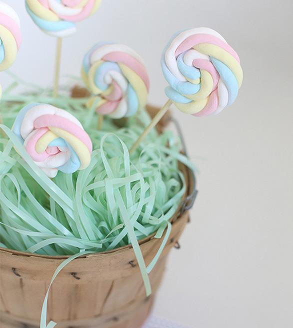 babyborrel marshmallows Lolly pops doopsuiker diy Xantifee geboortekaartjes inspiratie