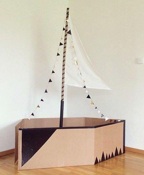 Speelgoed maken met dozen en karton