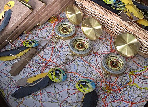 doopsuiker geboorte compas geboortekaartje vogel zwaluw zomer reizen wereldkaart xantifee