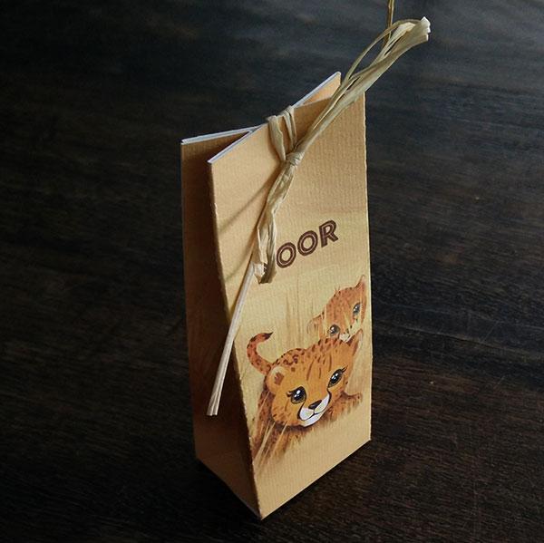 doopsuiker - Geboortekaartje leeuw - Bestel een schattig Afrikaans geboortekaartje met een cheetah familie